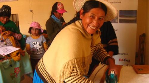 mujeres-emprendedoras-de-escasos-recursos-alzan-la-voz.jpg
